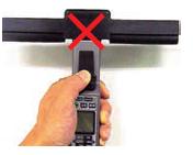 外部光の検出表示が消えれば、遮光カバーを装着する必要はありません。